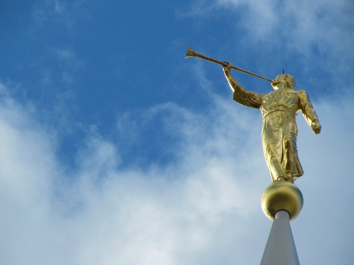Why is the angel Moroni always facing East when placed on the temples?