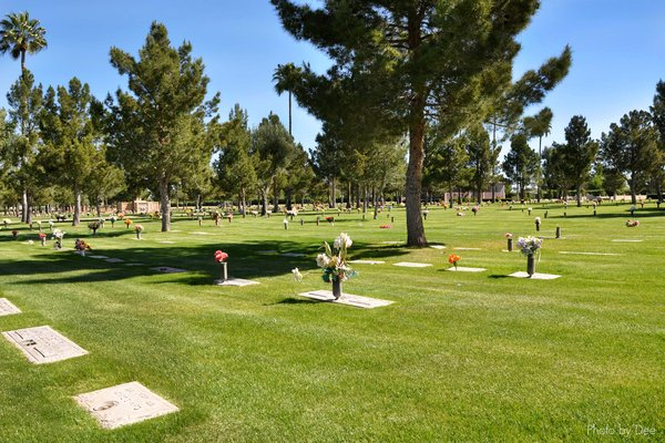 How are Mormons laid to rest after death?