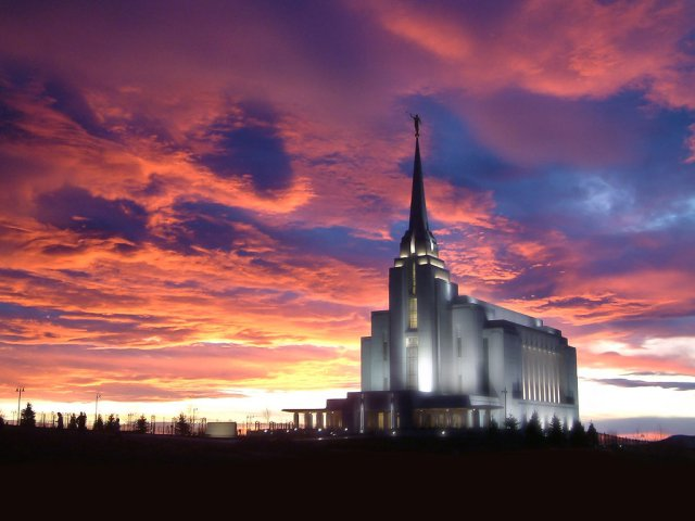 Rexburg Idaho temple at night