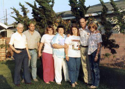 L to R... Dad, Steve, Debbie, Mom, Beth, David & Becky... at Becky's house