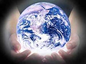 earth_in_Gods_hands