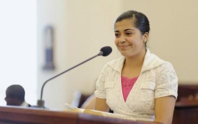 Can non members speak in Sacrament Meeting?
