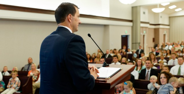 What is the difference between a testimony and a talk?